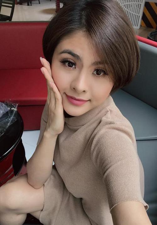 Vân Trang thay đổi kiểu tóc ngắn