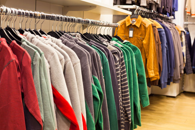 Quần áo mới trong cửa hàng ẩnchứa nhiều mầm bệnh nguy hiểm. Ảnh minh họa.