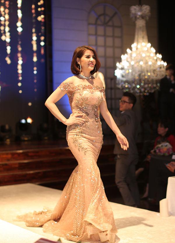 Phạm Thị Huyền Trang đăng quang Nữ hoàng ngành làm đẹp - ảnh 12