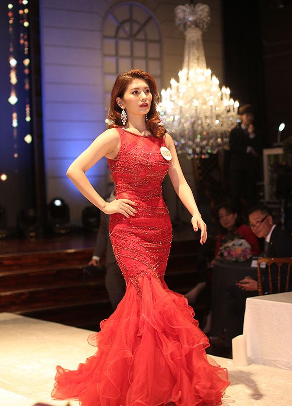 Phạm Thị Huyền Trang đăng quang Nữ hoàng ngành làm đẹp - ảnh 11