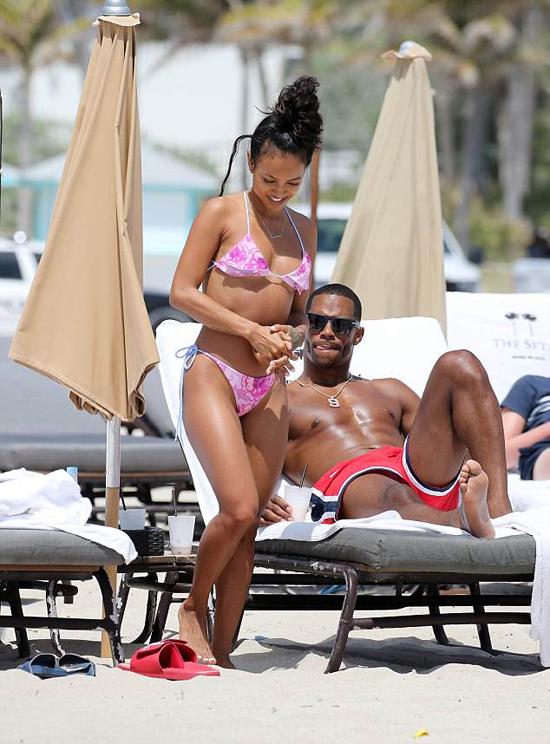 Karrueche Trần hiện là người mẫu, diễn viên kiêm MC. Cô đã nỗ lực vượt qua cái bóng Chris Brown để khẳng định tên tuổi trong làng giải trí Hollywood.
