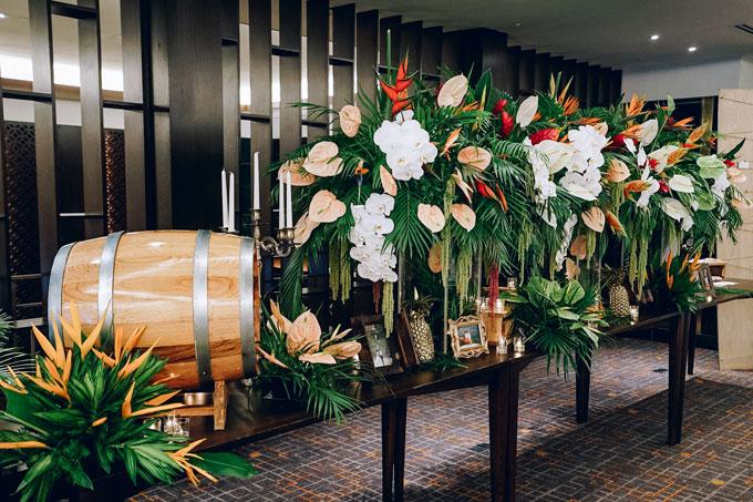 Tiệc cưới chủ đề Rừng nhiệt đới trong khách sạn 5 sao tại TP HCM