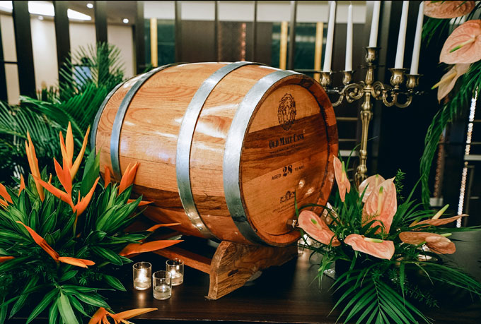 Tiệc cưới chủ đề Rừng nhiệt đới trong khách sạn 5 sao tại TP HCM - 1