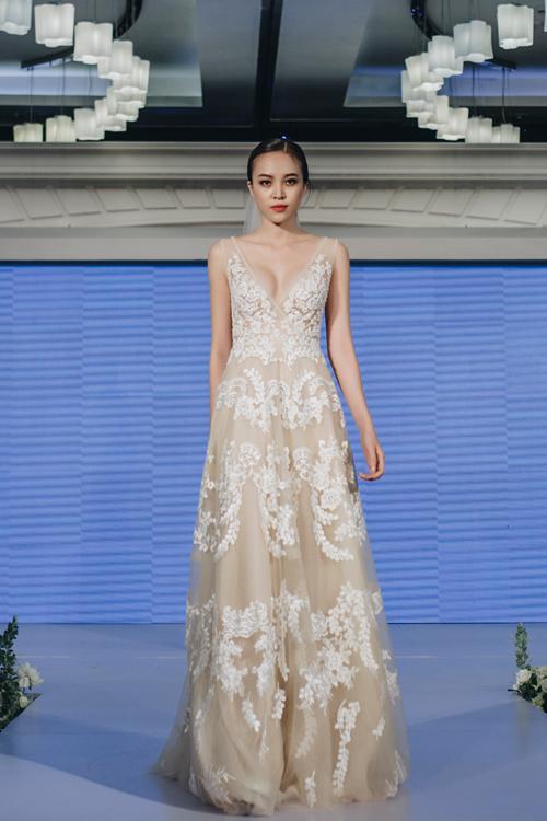 Váy cưới xuân hè 2019 của nhà thiết kế Trương Thanh Hải - 12