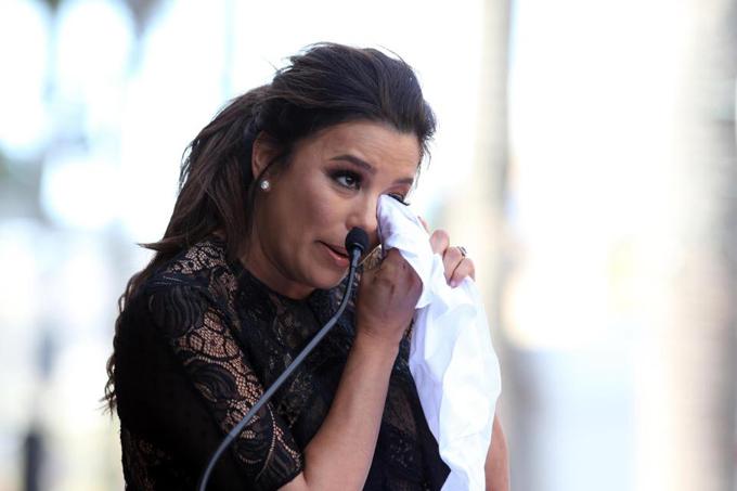 Eva Longoria bế bụng bầu tới lễ gắn sao trên Đại lộ Danh vọng Hollywood - ảnh 5