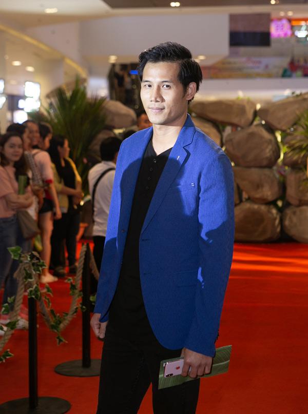Người mẫu, diễn viên Thanh Thức.
