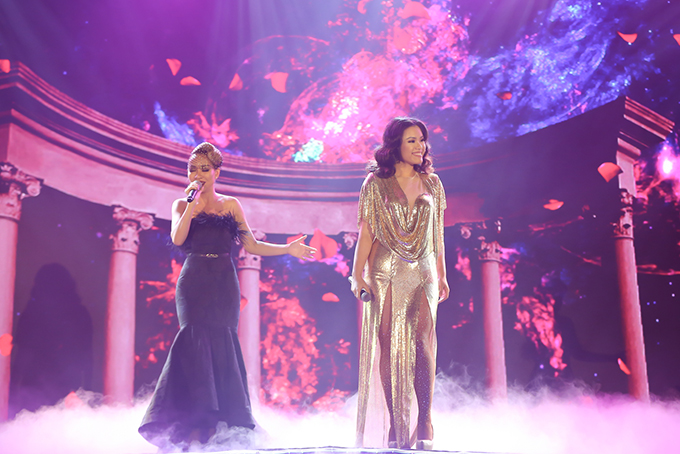 Hai giọng ca của Vietnam Idol 2007 Thảo Trang (trái) và Phương Vy hội ngộ.