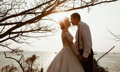 Cô gái Đắk Lắk tìm được chồng nhờ đăng status 'dạo'