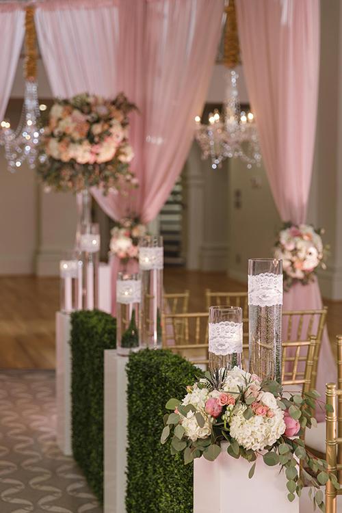 Ý tưởng trang trí đám cưới mang sắc hồng cổ tích - 1