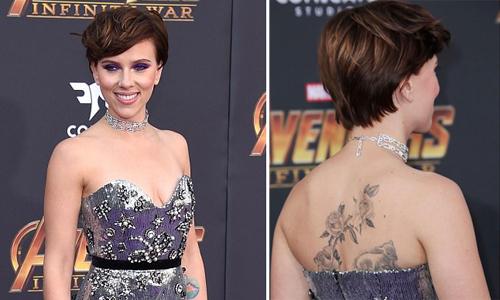 Scarlett Johansson mặc trễ nải khoe hình xăm trên lưng