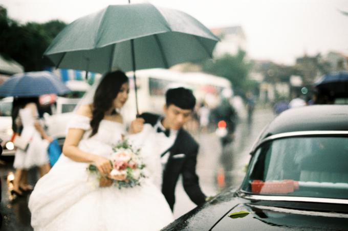 Toàn bộ quá trình chuẩn bị, hai người đều trực tiếp tham gia. Từ việc thiết kế phông bạt, cổng hoa, decor nhà hàng cho đến soạn kịch bản cho ngày cưới. Toàn bộ thời gian chuẩn bị cho đám cưới của hai vợ chồng chỉmất 3 ngày,Nam tiết lộ.