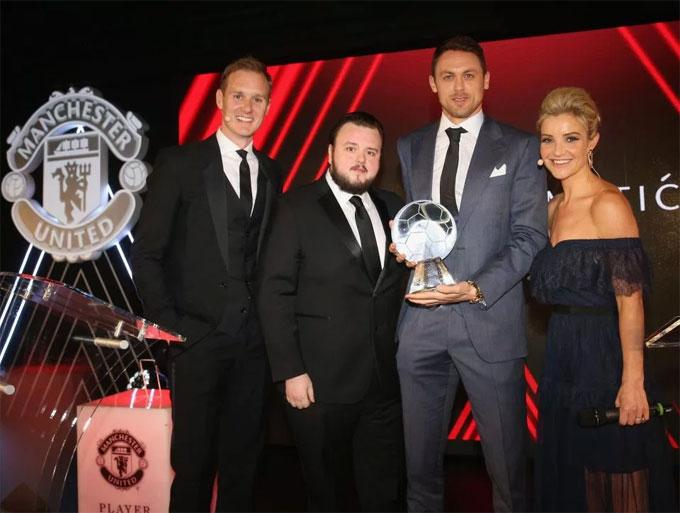 Matic nhận giải bàn thắng của mùa giải với pha lập công vào lưới Crystal Palace.
