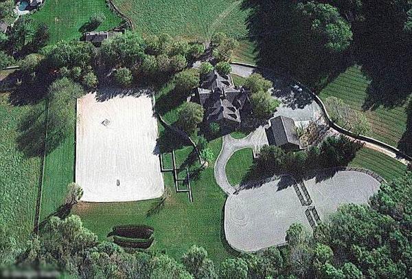 Toàn cảnh trang trại tỷ phú Mỹ mới mua cho con gái. Ảnh: Google Earth.