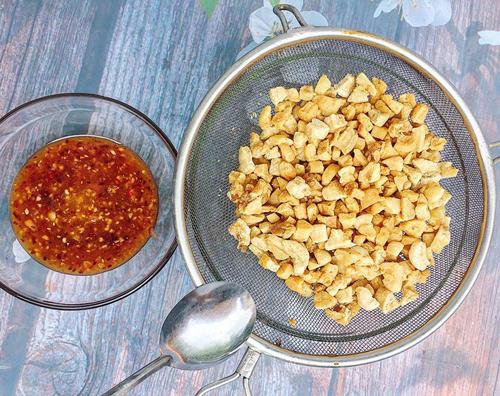 Cách làm tóp mỡ tỏi ớt giòn tan - 1