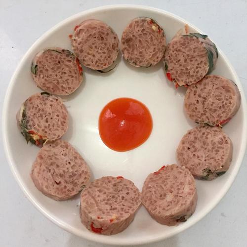 Nem chua ăn ngon sau 3-5 ngày. Ảnh: Chang Nguyen