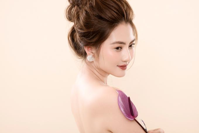 Trong sự nghiệp diễn xuất, Ngọc Lan đặc biệt thành công vớivai Hương Thảo trong phim Thuyền giấy. Vai diễn này đã giúp cô giành được 3 giải thưởng là Nữ diễn viên chính được yêu thích nhất  HTV Awards 2014, Nữ diễn viên xuất sắc tại Liên hoan phim truyền hình2013 và Nữ diễn viên chính phim truyền hình xuất sắc của Cánh Diều Vàng2014.