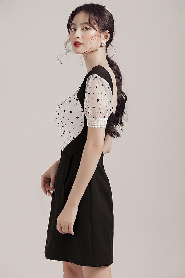Sự đa dạng về kiểu dáng nhưváy xòe, váy bó sátvừa giúp người mặckhoe được đường cong quyến rũ, vừa tiện lợi, thoải mái khi dạo phố, vui chơi cùng bạn bè.