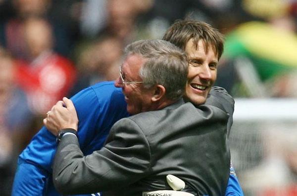 Thủ môn Van der Sar vẫn nhớ