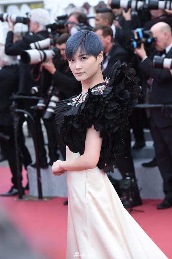 Nữ ca sĩ, diễn viên Lý Vũ Xuân.