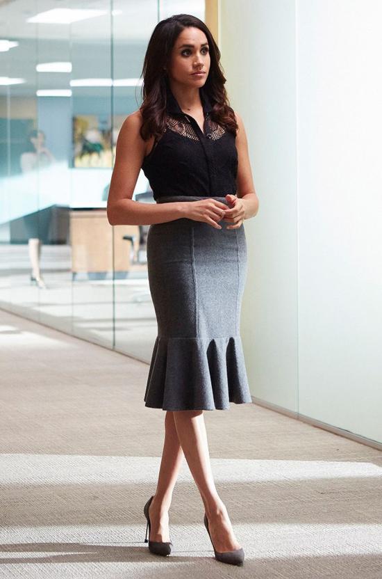 Meghan thủ vai nữ luật sư Rachel Zane trong Suits.
