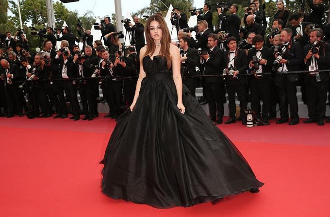 Người mẫu tuổi teen nổi tiếng của Pháp, Thylane Blondeau.