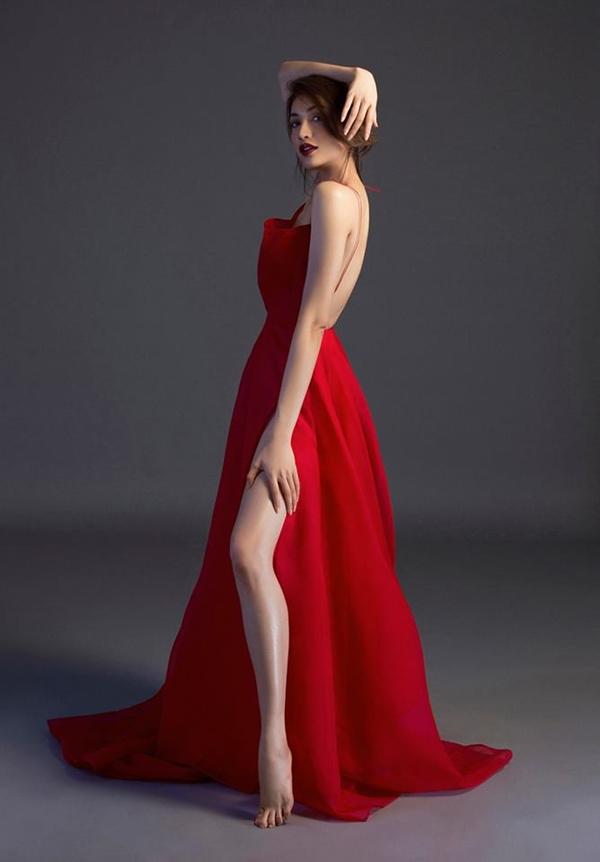 Bích Phương diện bộ váy bị đụng hàng kỷ lục trong MV mới - 10