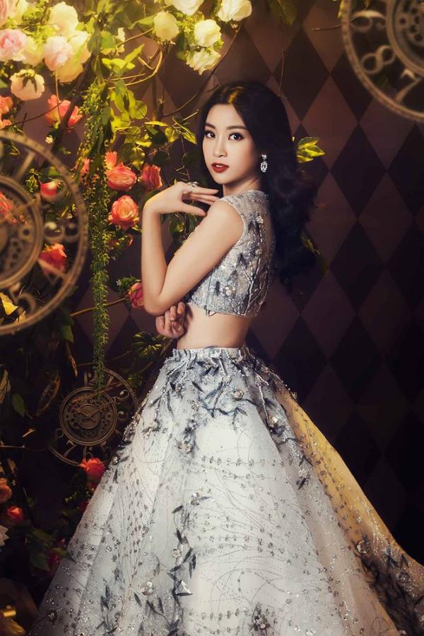 Hoa hậu Đỗ Mỹ Linh hoá công chúa trong xứ thần tiên - 1