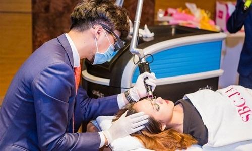 Công nghệ laser từ Mỹ giúp trị liệu các vấn đề về da