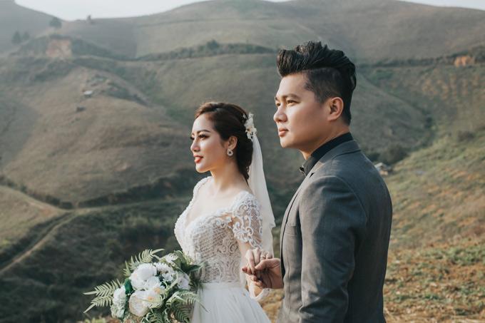 Sau hơn 4 tháng tổ chức lễ đính hôn tại quê nhà Cà Mau, Lâm Vũ và vợ Việt kiều quyết định sẽ làm đám cưới tại TP HCM để mời bạn bè, đồng nghiệp tới chung vui.