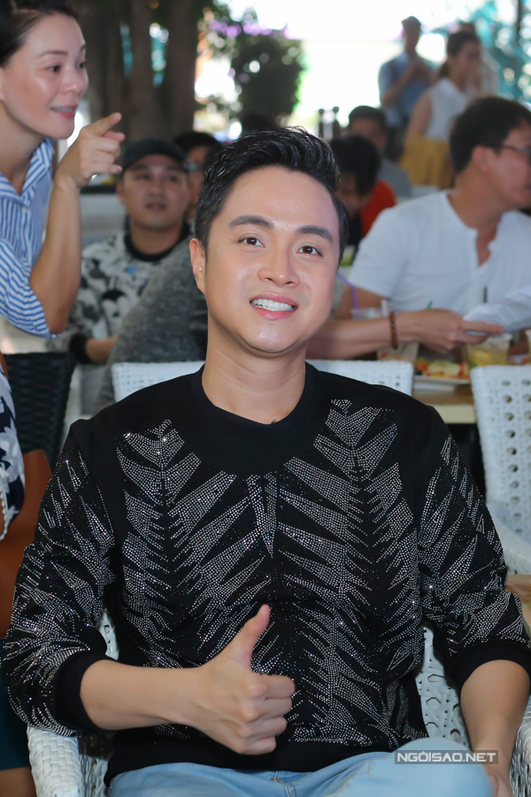 Ca sĩ Nhật Tinh Anh.