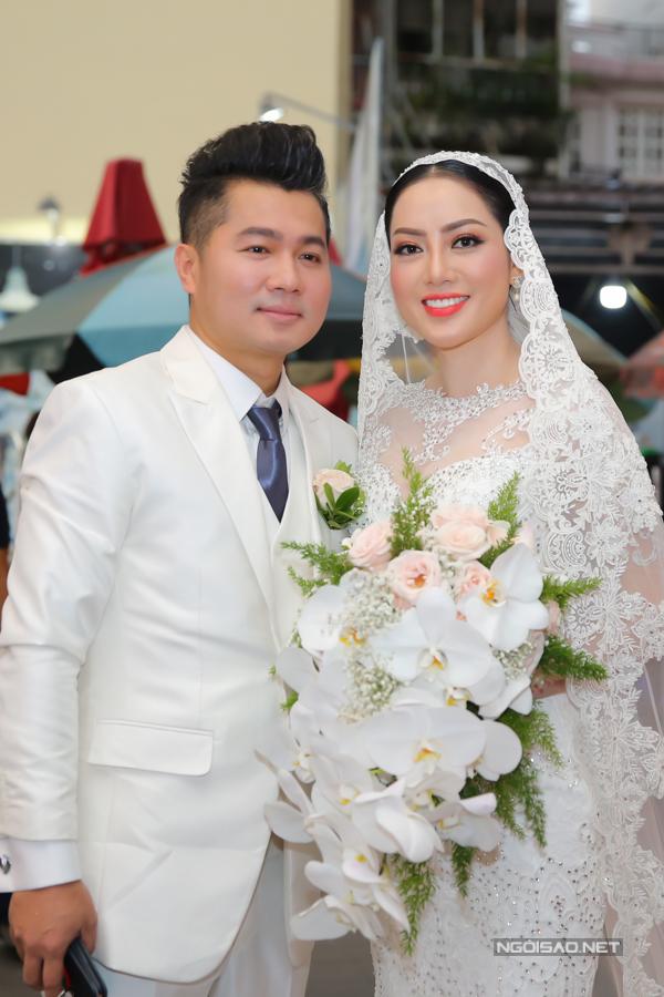 Lâm Vũ kể chuyện cầu hôn trước, yêu sau trong hôn lễ - ảnh 1