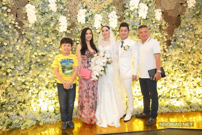 Lâm Vũ kể chuyện cầu hôn trước, yêu sau trong hôn lễ - ảnh 2