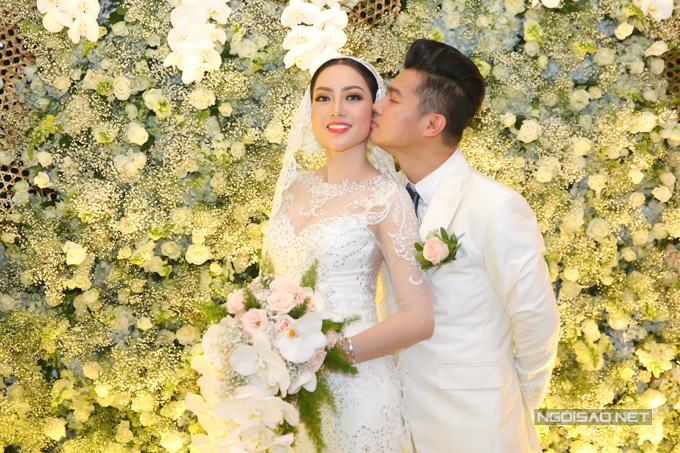 Lâm Vũ kể chuyện cầu hôn trước, yêu sau trong hôn lễ - ảnh 3