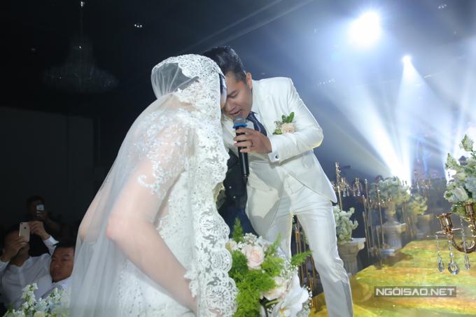 Lâm Vũ kể chuyện cầu hôn trước, yêu sau trong hôn lễ - ảnh 5
