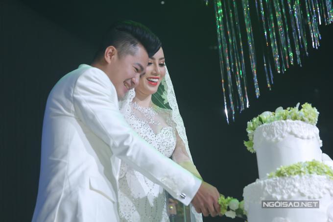 Lâm Vũ kể chuyện cầu hôn trước, yêu sau trong hôn lễ - ảnh 8