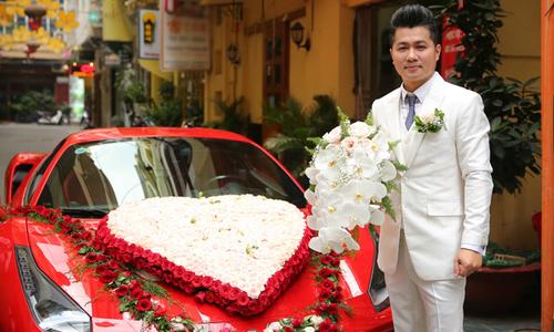 Lâm Vũ đi rước vợ hoa hậu bằng dàn xe sang, mô tô 'khủng'