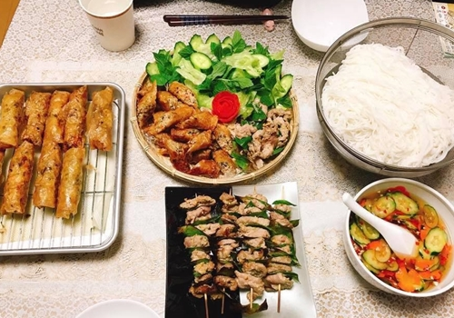 Mâm cơm Việt - Nhật kết hợp của nàng dâu Hải Dương - ảnh 7