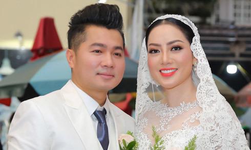 Lâm Vũ kể chuyện 'cầu hôn trước, yêu sau' trong hôn lễ