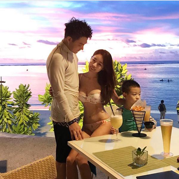 Cuộc sống gia đình hạnh phúc, viên mãn là bí quyết giúp phụ nữ lưu giữnét đẹp thanh xuân.