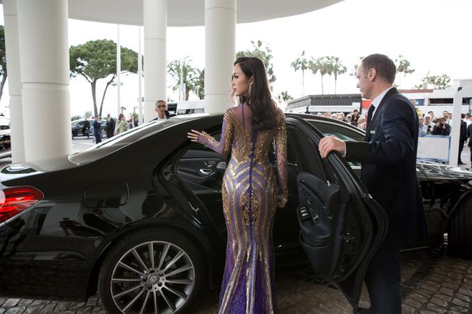 Vũ Ngọc Anh tiếp tục hở bạo ở sự kiện bên lề LHP Cannes - ảnh 7