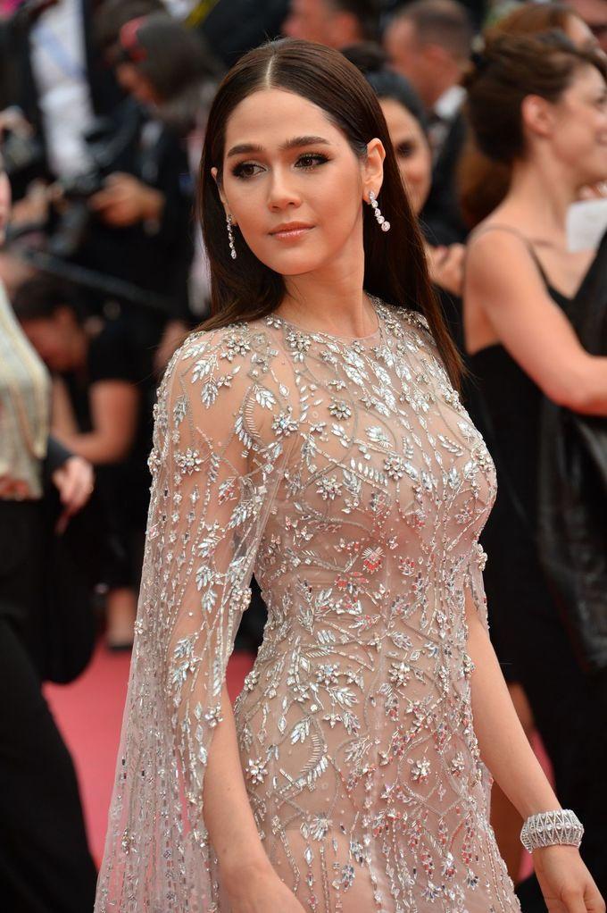 10 bộ cánh xuyên thấu đẹp nhất thảm đỏ Cannes 2018