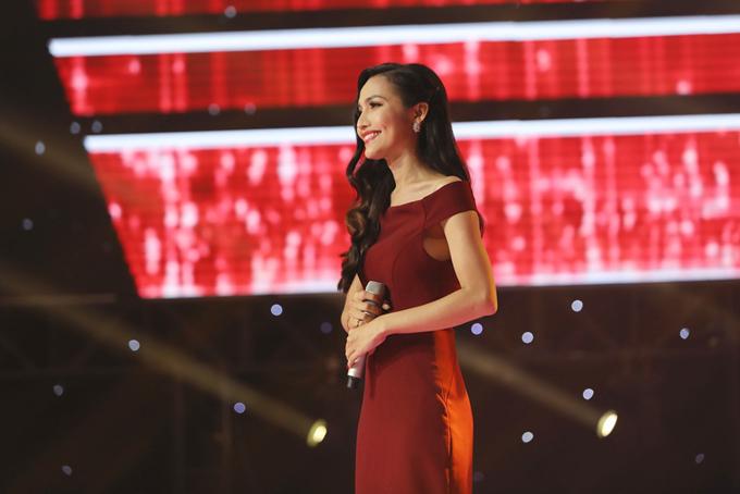 Hoài Sa được cộng đồng LBGT công nhận là Hoa hậu Chuyển giới đầu tiên của Việt Nam.