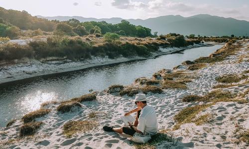 Những góc 'sống ảo' trên đảo Quan Lạn cho các bạn trẻ