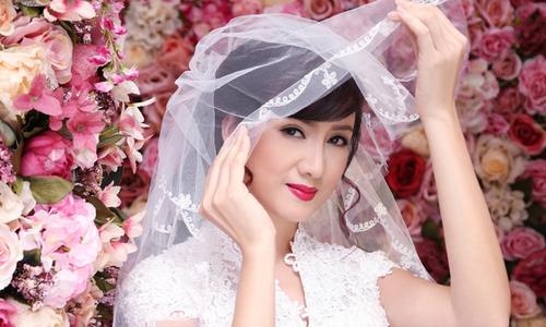 Cùng Hiền Mai chọn phong cách trang điểm cho cô dâu U40