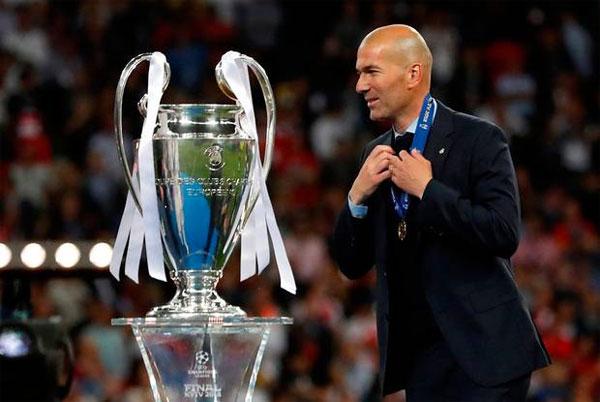 HLV Zidane vừa giành chức vô địch Champions League cùng Real Madrid. Ảnh: TS.