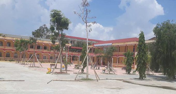 Trường Tiểu học Quảng Hưng, nơi xảy ra vụ việc.