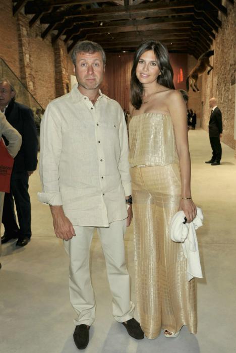 Abramovich kết hôn lần 3 ở tuổi 42 nhưng hiện đã ly thân. Ảnh: Telegraph.