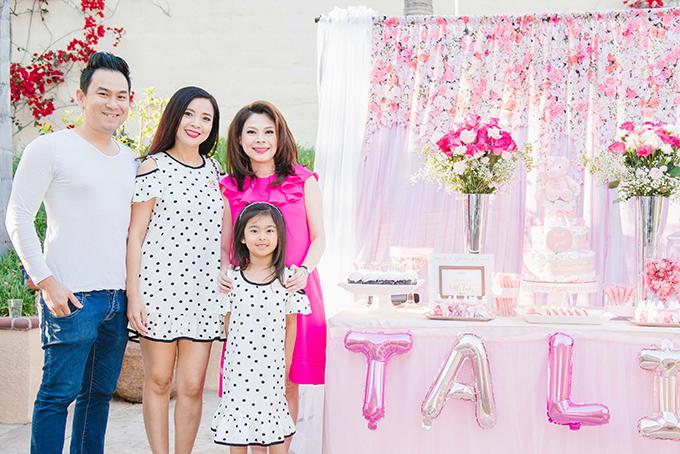 Gia đình nghệ sĩ Hồng Loan - con gái danh hài Bảo Quốc.
