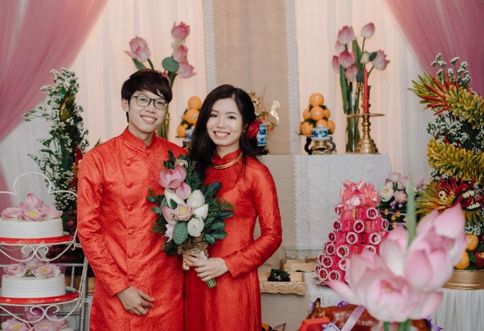 Lễ cưới của anh chàng 9x đã thu hút hơn 1000 lượt thích và 13 lượt chia sẻ trên trang facebook cá nhân.
