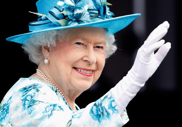 Phong cách thời trang quen thuộc của người đứng đầu Hoàng gia Anh. Ảnh: PA.